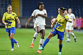 20180912 UEFA Women's Champions League 2019 SKN - PSG Kadidiatou Vágó DSC 4896.jpg