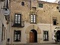 27 Can Giol, pl. Ajuntament 16 (Calella).JPG