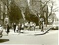46th Street And Woodlawn Avenue (9402176323).jpg