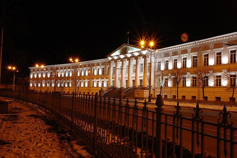 Будинок Полтавських губернських державних установ. © Сергій Криниця, ліцензія CC-BY-SA-4.0
