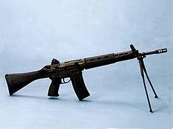 89式5.56mm小銃 (8464072599).jpg