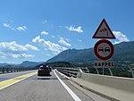 A51 panneaux A24 B3 viaduc du Monestier.jpg