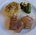 AIMG 3504 Falsches Kalb mit Kartoffelgratin und Broccoli.jpg