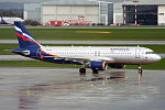 Aeroflot, VQ-BIT, Airbus A320-214 (16268518068) (2).jpg
