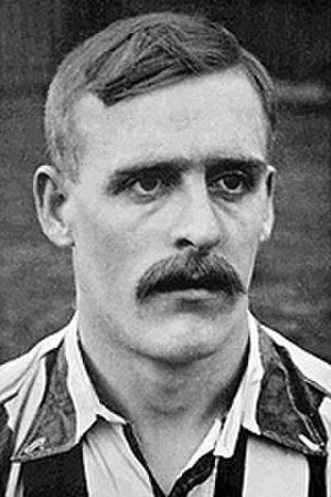 1905 in sports - Alf Common: football's first £1,000 player