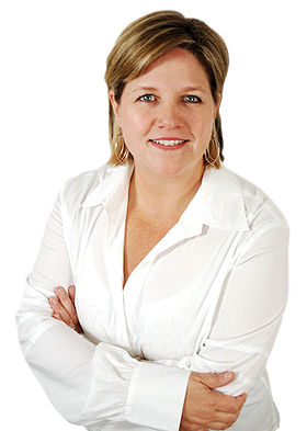 Andreahorwath white1.jpg
