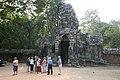 Angkor-Banteay Kdei-02-Torturm-2007-gje.jpg