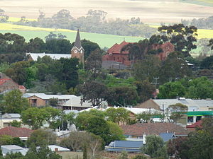Kapunda - Image: Anglican & Catholic Churches from Gundry's Hill lookout, Kapunda (12)