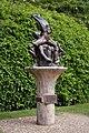 Anne hathaway sculpture 6.JPG