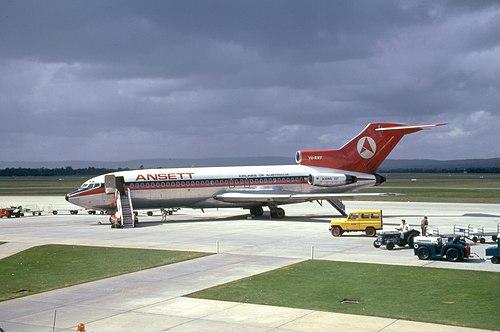 Ansett 727 (6221941295).jpg