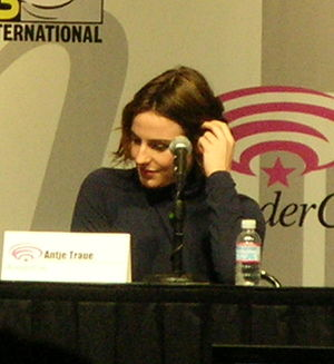 Antje Traue at WonderCon 2009