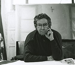 Antoni Tàpies (1).jpg