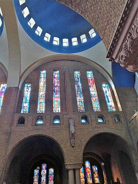 Datei:Antwerpen-Kiel, Christus-Koning (Innenansicht) (8).jpg