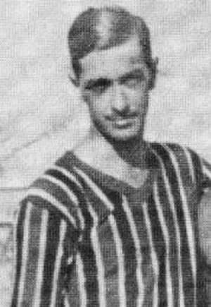 Santos FC - Araken Patusca (1923–29, 1935–37) is regarded as one of Santos' most iconic figures.