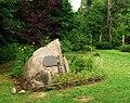 Arboretum w Kopnej Gorze kamien Wygralaka.jpg