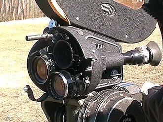 Arriflex 35 - An Arriflex 35 IIB, with three lenses and a 120 m (400 ft) magazine