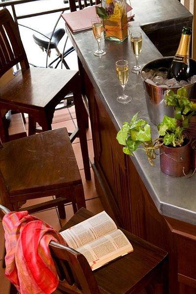 file au bar autour d 39 un verre jpg wikimedia commons. Black Bedroom Furniture Sets. Home Design Ideas