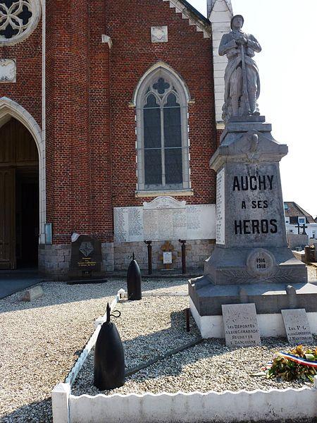 Auchy-lez-Orchies (Nord, Fr) monument aux morts