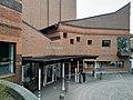 Aula Magna de la Universitat d'Estocolm, exterior (2019) 02.jpg