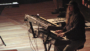 The Australian Pink Floyd Show - Jason Sawford performing at Teatro do Bourbon County in 2007