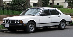 BMW 7 Series - BMW 733i sedan (US)