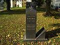 Bakov nad Jizerou - pomník skladatele Jiřího Ignáce Linka u kostela.JPG