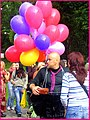 Balloon vender - panoramio.jpg