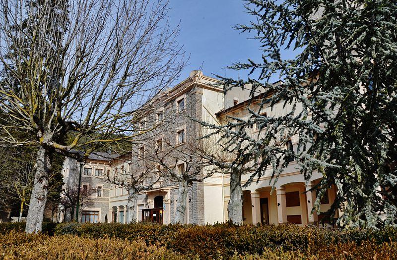 File:Balneari de Vallfogona de Riucorb - 1.jpg