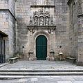 Basílica de Santa María la Mayor, Pontevedra. Portada sur.jpg