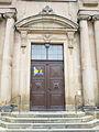 Bayreuth Schlosskirche, Eingangsportal, 27.10.09.jpg