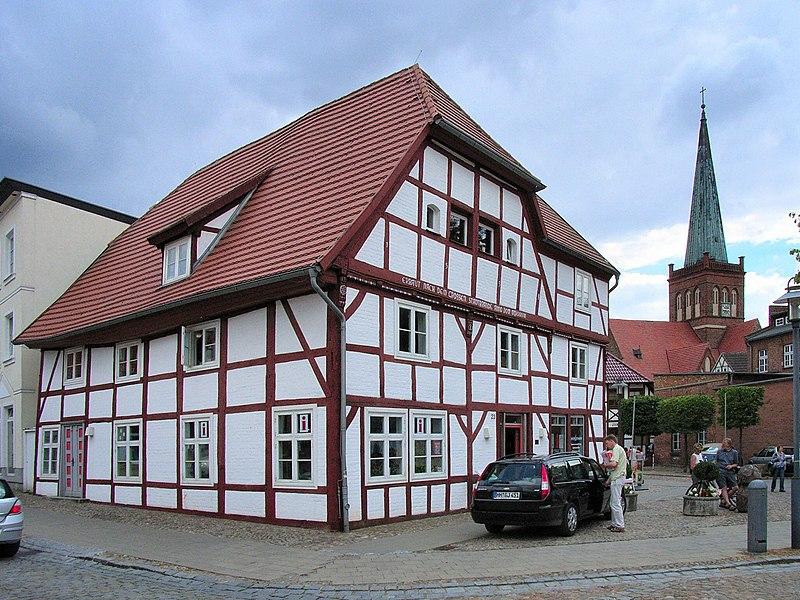 File:Bergen Markt 2.jpg