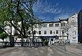 Biały budynek przy ul. Twardej 6 w Warszawie.jpg