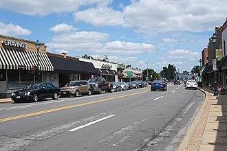 Webster Groves, Missouri - Big Bend Boulevard in Webster Groves, August 2017