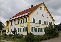 Bischof-Neuhäusler-Straße in Erdweg