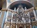 Biserica Izvorul Tămăduirii Iconostas.jpg