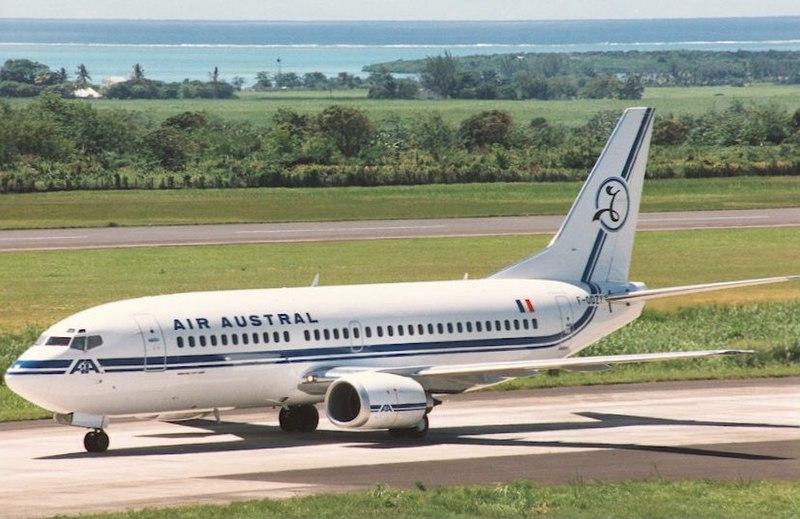 File:Boeing 737-33A, Air Austral AN0136826.jpg