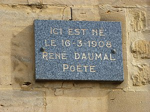 René Daumal - Close of the plaque, outside the house