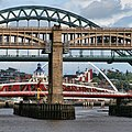 Bridges over the Tyne (geograph 2036886).jpg