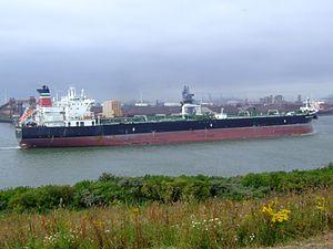 British Cormorant p5 leaving Port of Rotterdam, Holland 14-Jul-2007.jpg