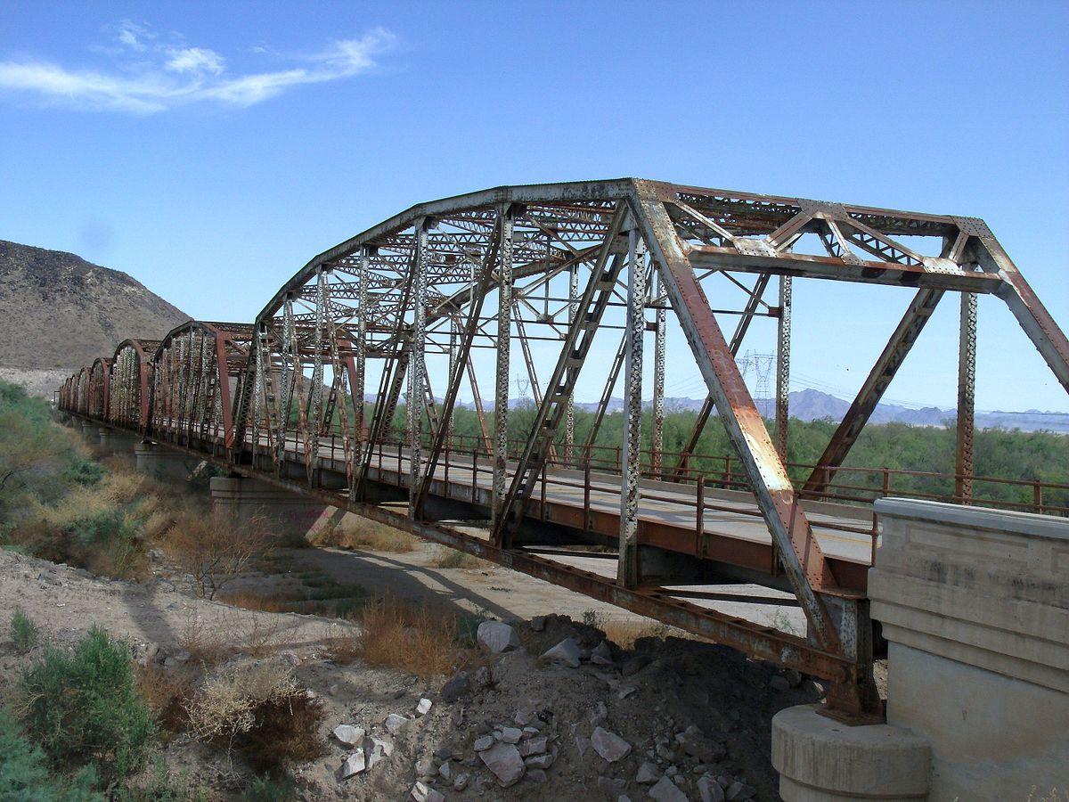 Miami Auto Show >> Gillespie Dam Bridge - Wikipedia