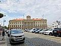 Budova Bývalých Hradcanských Kasaren, Hradčany, Praha, Hlavní Město Praha, Česká Republika (48791014051).jpg