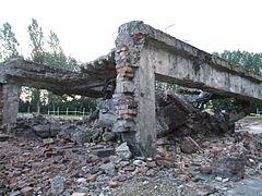 Building ruin, Birkenau.jpg
