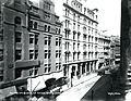 Buildings on north side of Washington Street House (14335055369).jpg