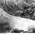 Bundesarchiv Bild 195-0336, Rheinbefliegung, Koblenz-Neuendorf.jpg