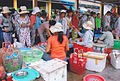 Busy on markt in Vietnam.jpg