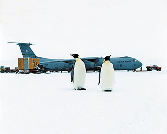 Lockheed C-141 Starlifter - C-141 participating in Operation Deep Freeze