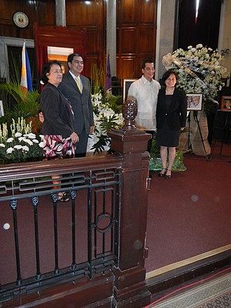 Andres Narvasa - Family of CJ Andres Narvasa at his Eulogy.