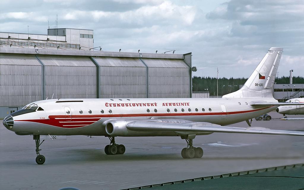 CSA Tu-104A OK-LDC ARN May 1971.png