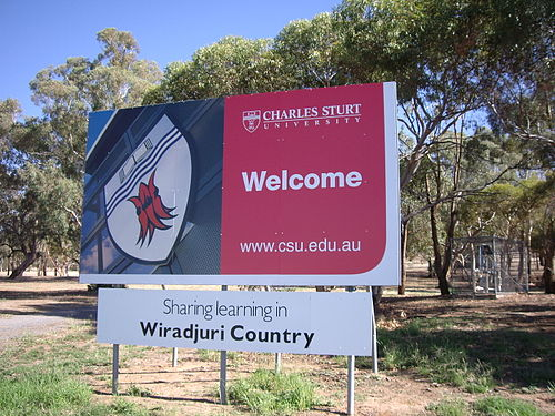 The entrance sign to the Wagga Wagga campus of Charles Sturt University. The sign recognises the Wiradjuri people as the traditional owners of the area. CSUWelcome.jpg