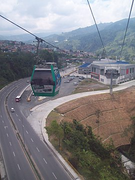 Cable aéreo Manizales 02.JPG